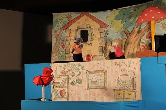 Кукольный спектакль про кота Леопольда