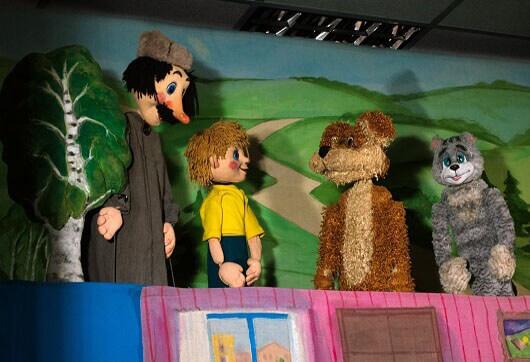 Кукольный спектакль про Простоквашино
